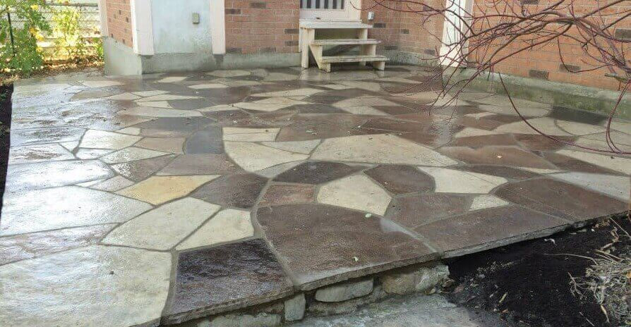 Flagstone Patio - Wet Laid